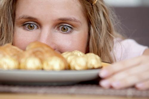 Пищевая зависимость: болезнь или слабость?